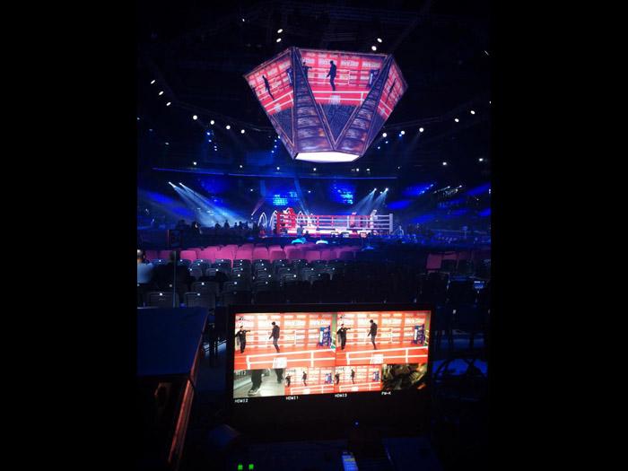 Масштабный боксерский турнир в Татнефть Арене, Казань